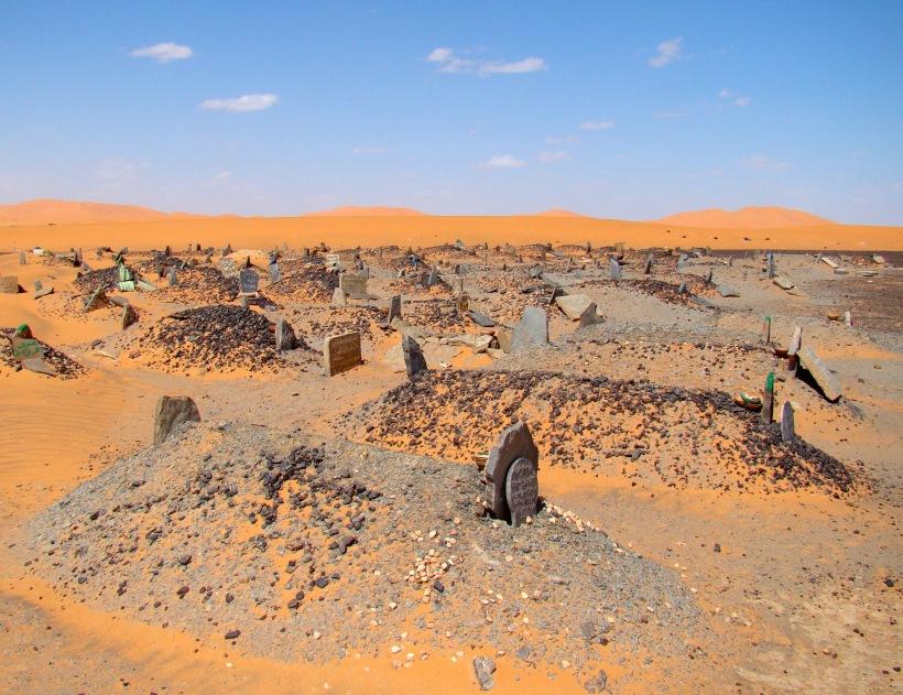 Desert_Cemetery_Merzouga